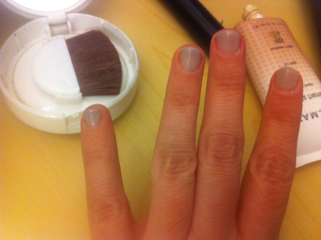 Sparkwood & 21: How to Not Stop Biting Your Fingernails
